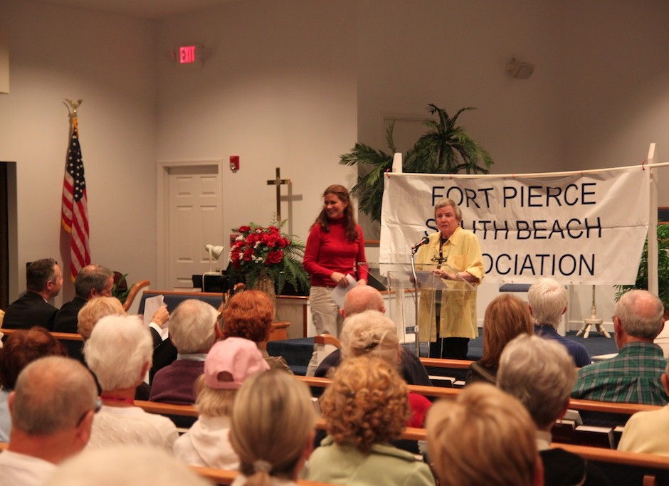 Carole Mushier and Tracy Telle present information about the ongoing A1A project